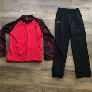Under Armor Track Set - zip up jacket and pants